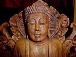 global-village-carved-head