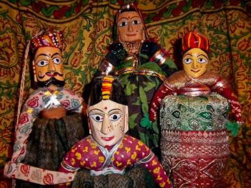 global-village-colorful-dolls